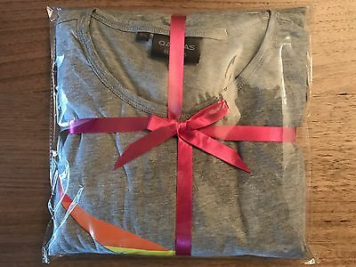 LIMITED EDITION QANTAS Rainbow Roo Mardis Gras Business Class Airline Pyjamas
