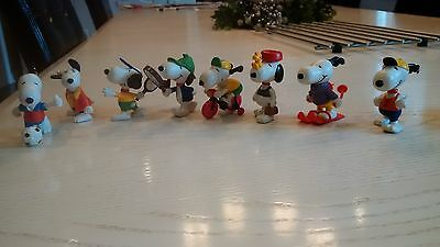 Set of 8 Vintage United Feature 1950's 1960's Snoopy Figurines