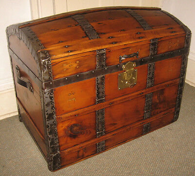 Antique Steamer Trunk Vintage Victorian Dome Top Wooden Brides Style Chest C1870