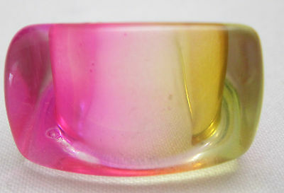 Vintage Hippy Retro Mod 1970'S Lucite Dome Boho Ring Size 6.5 Pink Purple Amber