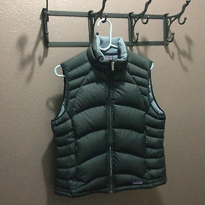 Patagonia Women's Size Large Down Vest