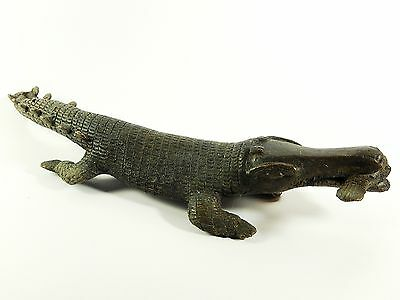 Antique African Cast Bronze Tribal Rare Ashanti Akan sculpture a Crocodile 2
