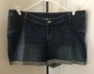 NWT Liz Lange Blue Denim Maternity Under Belly Shorts XXL