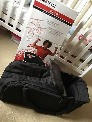 Phil & Teds Cocoon Baby Carrycot Black