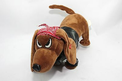 Low Rider Dog Dachshund Sings and Moves