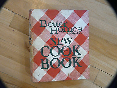 Vintage Better Homes and Gardens New Cook Book from 1976