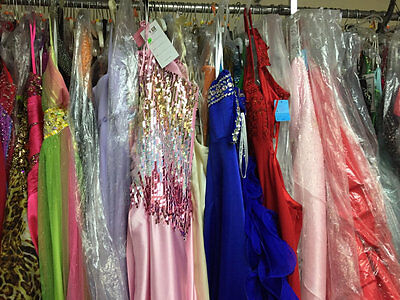 LOT of 6 PROM PAGEANT HOMECOMING CRUISE FORMAL DRESSES SIZES 6,8,10 $1200+VALUE