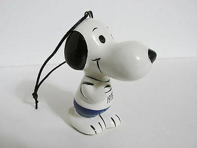 Snoopy Peanuts Charlie Brown Determined Vintage Ceramic Christmas Ornament 1975