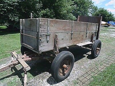 Box Wagon Horse Drawn Farm with Scoop Board and Double Tree