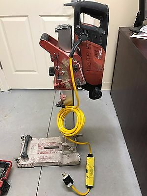 Hilti DD150-U Wet Core Drill WITH stand and BRAND NEW chuck