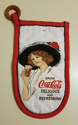 Drink Coca Cola Delicious And Refreshing Oven Mitt Circa 1984 New