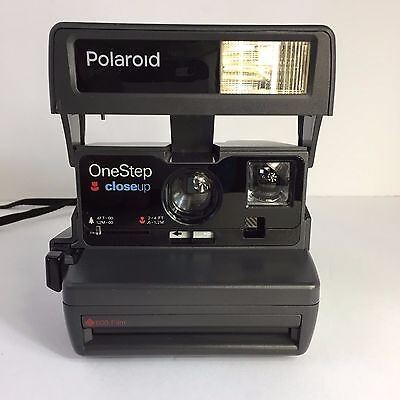 Polaroid One-Step Close-Up 600 Instant Film Camera Built-In Flash Untested
