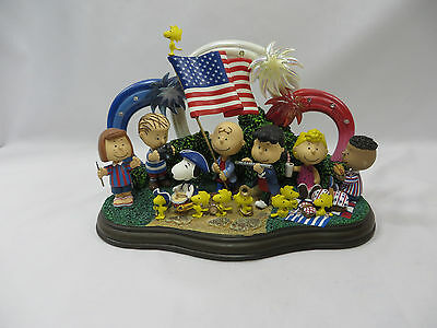 Peanuts Yankee Doodle Dandy by Danbury Mint Schultz Lighted Sculpture
