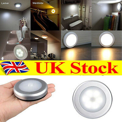 6 LED Wireless PIR Motion Sensor Lamp Battery Hallway Wall LED Night Light Lamp