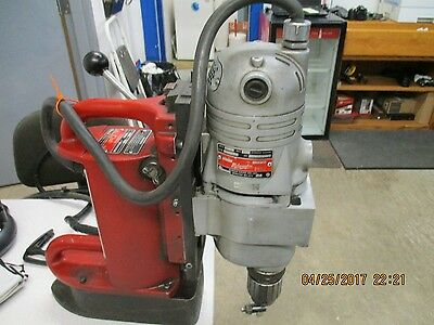 MILWAUKEE 4202/4292-1 Electromagnetic drill press 1-1/4 chuck Tested works great