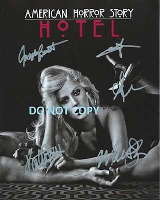 American Horror Story Hand Signed With Coa - All 5 Main Cast Rare  8X10 Photo