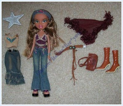 BRATZ MGA DOLL FIANNA FUNK OUT 2004 ORIGINAL CLOTHING and ACCESSORIES
