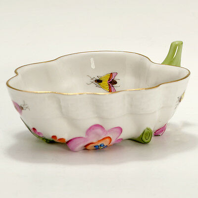 Herend Rothschild 680 / RO Hand Painted Trinket Dish Small Leaf Shaped Bowl