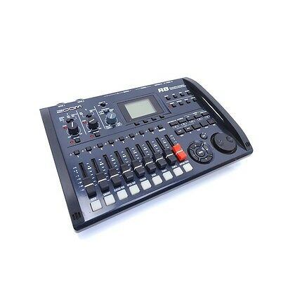 Zoom R8 Eight Track Recorder Interface Sampler Controller inc Warranty