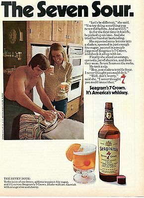 1974 Seagram's Seven 7 Crown American Whiskey Blend Sour Recipe Vintage Print Ad