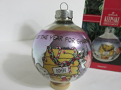 Snoopy Peanuts Charlie Brown Hallmark Christmas Vintage Glass Ball Ornament 1991
