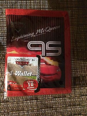 NEW Disney/Pixar Cars Ligthning Queen Walet with 10 Stickers