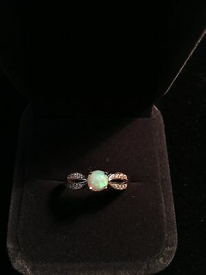 sliver ring with opal