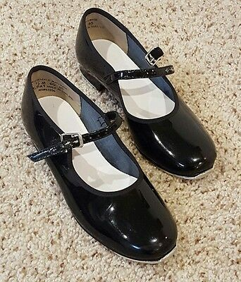 Girl's Size 11.5 Black Tap Shoes buckle closure Smoke free home