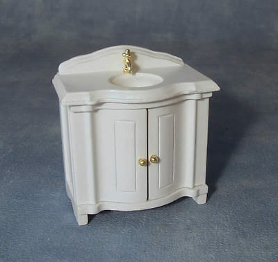 DOLLS HOUSE MINIATURE 1:12th SCALE DF240