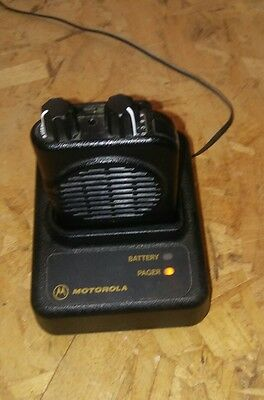 Motorola Minitor IV (4) VHF 151 - 159 MHz Pager w/Charger