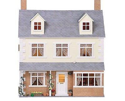 DOLLS HOUSE MINIATURE 1:12th SCALE 1749
