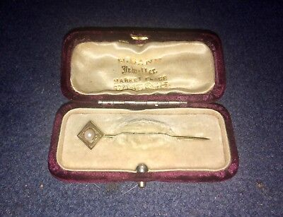9CT GOLD & PEARL Tie Pin & Antique Box