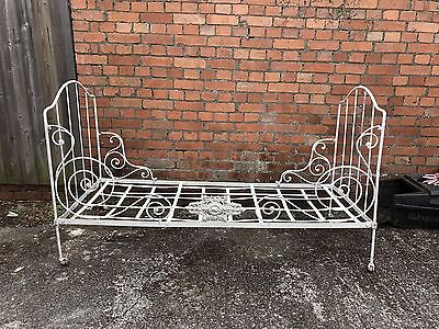 Vintage Metal Day Bed - French Style