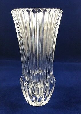 Avon 1977 Season's Greetings Crystal Vintage Glass Bud Vase NIB