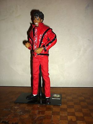 Michael Jackson Figurine Poupée THRILLER Statue Figure Doll Numéroté Numbered