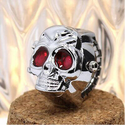 Hot Vintage Retro Skull Finger Ring Quartz Dial Watchs Antique Horrible
