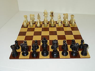Vintage Chess Set Possibly Lardy, Box And Board