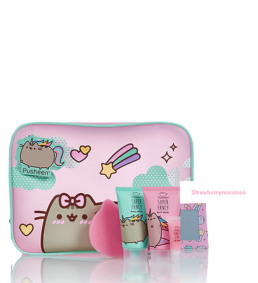 PUSHEEN Large Vanity Gift Set Cat Makeup Beauty Bag Lip Balm Body Wash Lotion