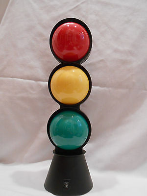 Light Up Working Signal Twinkle Traffic Light Red, Yellow, Green Brand New