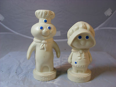 Vintage Poppin' Fresh and Poppie 1974 plastic salt and pepper shakers