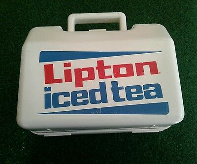 Vintage Lipton Iced Tea cooler lunch box