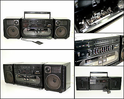 SANYO MW235F Double Radio Cassette Boombox (AUX in)