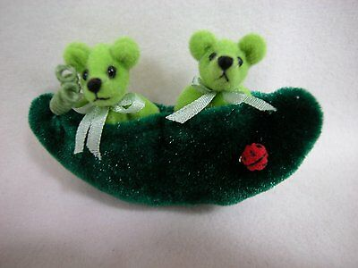 """World of Miniature Bears 2.5""""x1.25"""" Plush Bear Peas in a Pod #1021 Collectibles"""