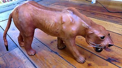 "VINTAGE 1970's LEATHER LION PANTHER STATUE MADE IN INDIA 24"" x 10"""