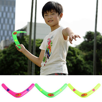 Plastic Toy Triangle V Shaped Boomerang Frisbee Kids Throw Catch Outdoor Game