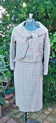 VINTAGE EARLY 1960's WOVEN WIDE TIE COLLAR WOMEN'S LINED SUIT SMALL / MEDIUM