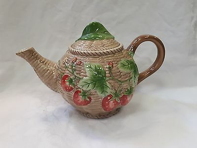 Border Fine Arts Studio - Farmers Market - A4512 Strawberry Teapot - VGC