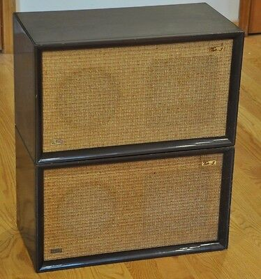 Rare Vintage Realistic Trio 3 Stereo Speakers