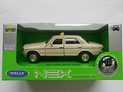 Welly Mercedes - Benz W123 Taxi 1:34 Die Cast Metal Model New In Box