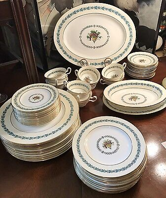 Wedgewood China Appledore Dinnerware Set Place Setting Service for 12 63 Pc